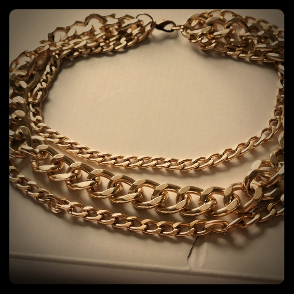 Pretty gold color 3 rows chains fashion necklace